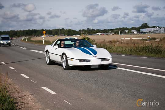 Fram/Sida av Chevrolet Corvette 5.7 V8 Automatic, 234ps, 1986 på Lergökarallyt 2018