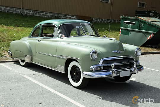 Front/Side  of Chevrolet Styleline Deluxe Sport Coupé 3.9 Powerglide, 106ps, 1951