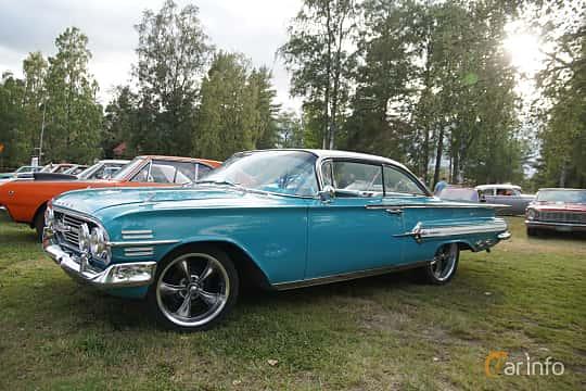 Front/Side  of Chevrolet Impala Sport Coupé 3.9 Manual, 137ps, 1960 at Onsdagsträffar på Gammlia Umeå 2019 vecka 33