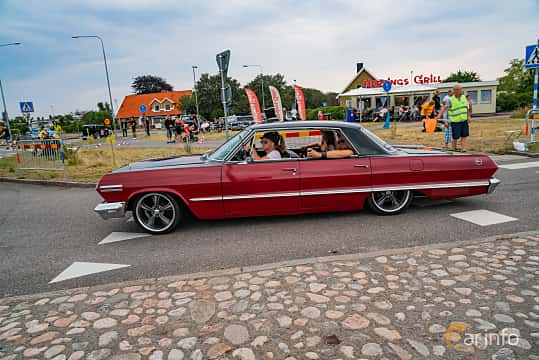 Side  of Chevrolet Impala Sport Sedan 4.6 V8 Powerglide, 198ps, 1963 at Wheels & Wings 2019