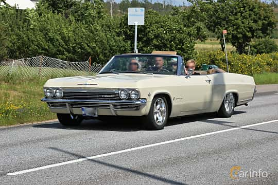 Fram/Sida av Chevrolet Impala Convertible 4.6 V8 Powerglide, 198ps, 1965