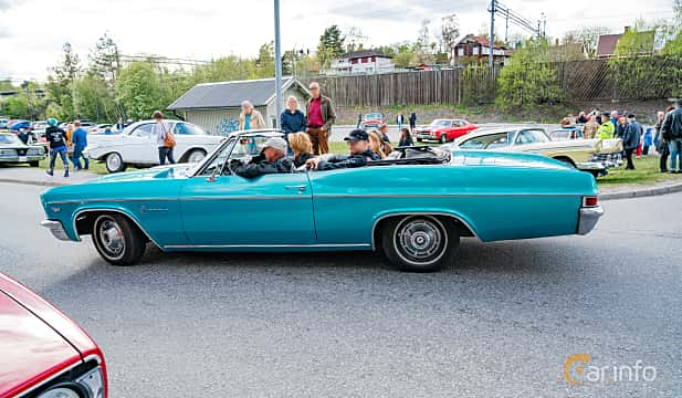 Side  of Chevrolet Impala Convertible 4.6 V8 Powerglide, 223ps, 1966 at Vårcruising Järna 2019