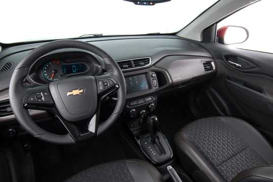 Interior of Chevrolet Prisma MK II 1.4 E85 Automatic, 106hp, 2017