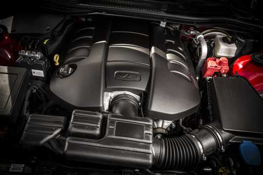 Engine compartment  of Chevrolet SS 6.2 V8 Automatic, 421hp, 2016