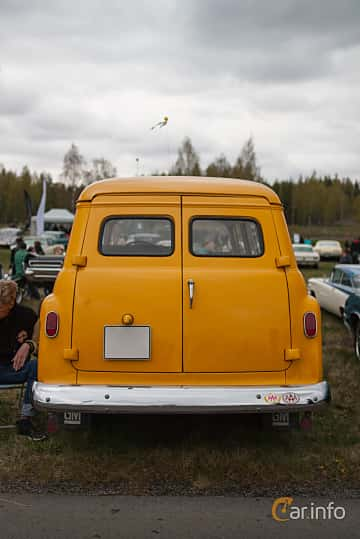 Back of Chevrolet Suburban Carryall 3.9 Manual, 137ps, 1959 at Örebro Spring meet 2015