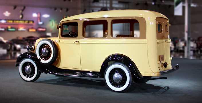 Back/Side of Chevrolet Model FB Suburban Carryall 3.4 Manual, 80hp, 1936