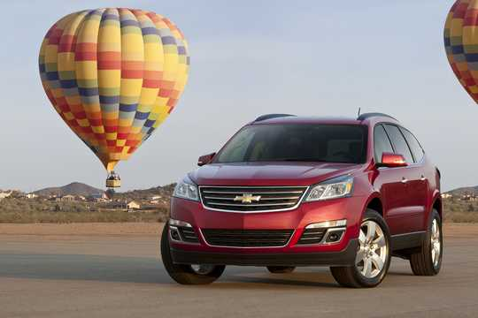 Front/Side  of Chevrolet Traverse 2016