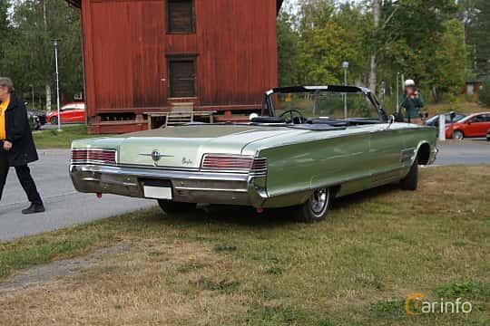 Back/Side of Chrysler 300 Convertible 6.3 V8 TorqueFlite, 330ps, 1966 at Onsdagsträffar på Gammlia Umeå 2019 vecka 32