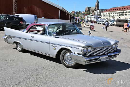 Fram/Sida av Chrysler New Yorker 2-door Hardtop 6.8 V8 Automatic, 355ps, 1959 på Cruising Lysekil 2019