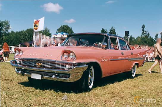 Front/Side of Chrysler New Yorker Sedan 6.4 V8 Automatic, 349ps, 1958