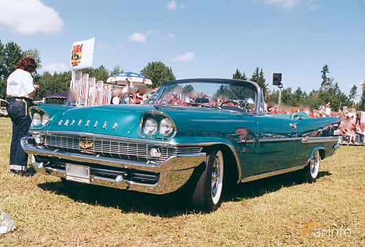 Front/Side of Chrysler New Yorker Convertible 6.4 V8 Automatic, 349ps, 1958