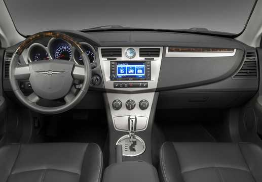 Interior of Chrysler Sebring Convertible 3.5 Automatic, 238hp, 2010