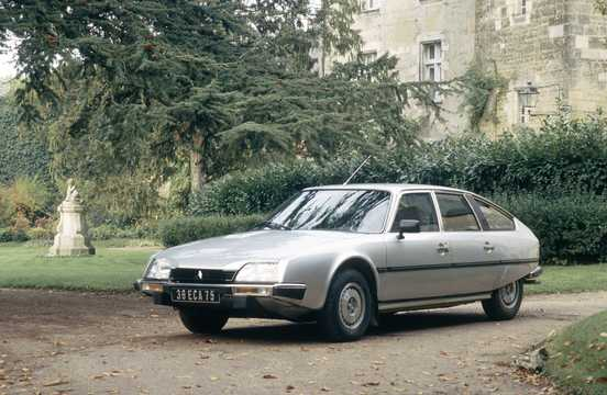 Front/Side  of Citroën CX 20 2.0 Manual, 102hp, 1983