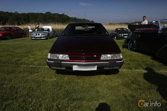 Front  of Citroën XM 2.0 Automatic, 121ps, 1992 at Tjolöholm Classic Motor 2018