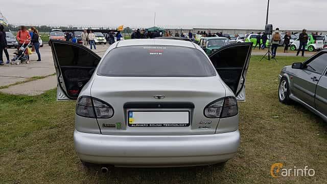 Back of Daewoo Lanos Sedan 2004 at Old Car Land no.2 2017