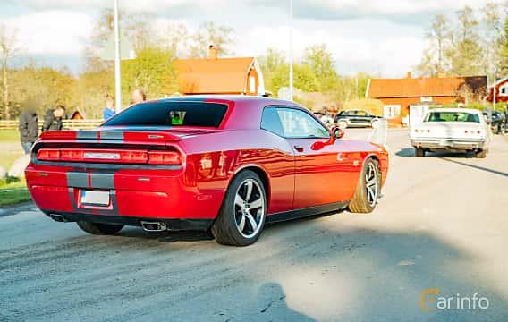 Back/Side of Dodge Challenger 6.4 V8 HEMI Automatic, 476ps, 2011 at Wheelers Cruising, Vetlanda 2019