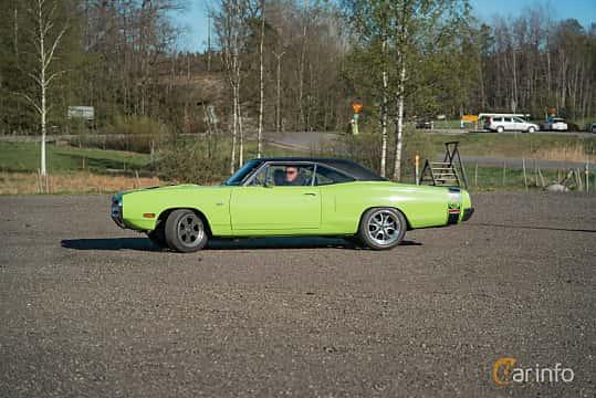Side  of Dodge Coronet Super Bee Hardtop 6.3 V8 TorqueFlite, 340ps, 1970 at Lissma Classic Car 2019 vecka 20