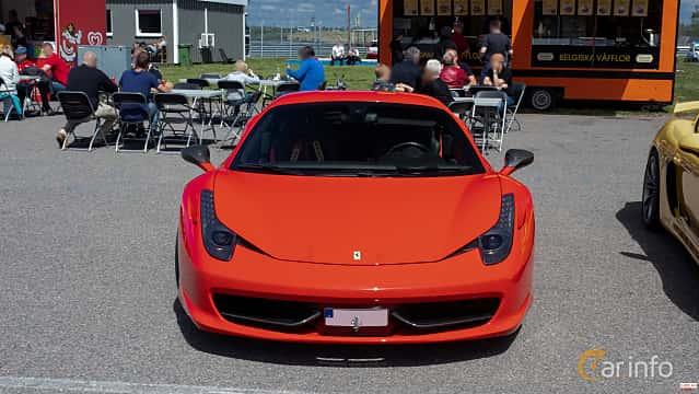 Front  of Ferrari 458 Italia 4.5 V8  DCT, 570ps, 2013