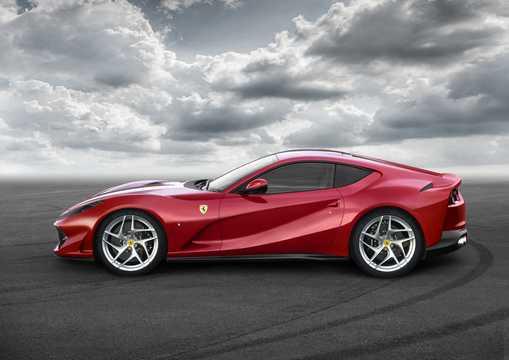 Side  of Ferrari 812 Superfast 6.5 V12 DCT, 800hp, 2018