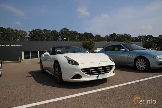 Front/Side  of Ferrari California T 3.9 V8  DCT, 560ps, 2015 at Autoropa Racing day Knutstorp 2019