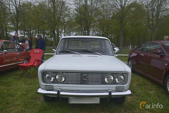 Fram av Fiat 124 Sedan 1.4 Manual, 69ps, 1969 på Italienska Fordonsträffen - Krapperup 2019