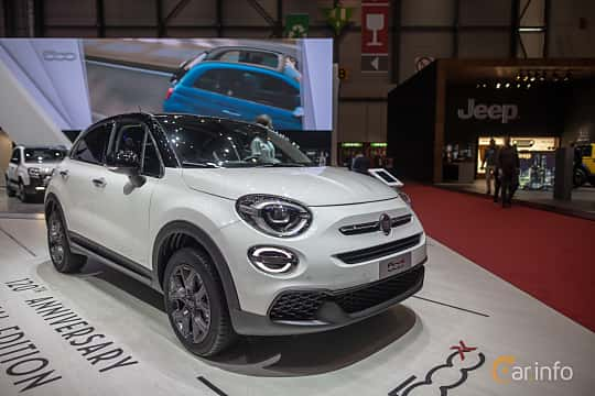 Front/Side  of Fiat 500X 2019 at Geneva Motor Show 2019