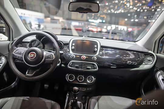 Interiör av Fiat 500X 2019 på Geneva Motor Show 2019