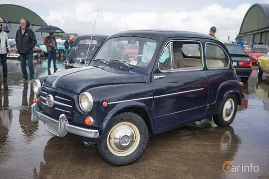 Fram/Sida av Fiat 600D 0.8 Manual, 33ps, 1963 på Fly ´n´ Ride 2017
