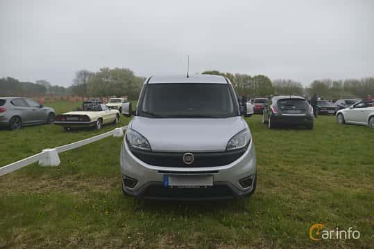 Fram av Fiat Doblò Cargo 1.6 Multijet  Manual, 105ps, 2018 på Italienska Fordonsträffen - Krapperup 2019