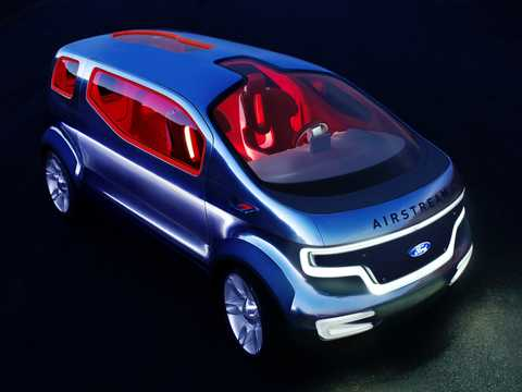 Front/Side  of Ford Airstream Concept Concept, 2007