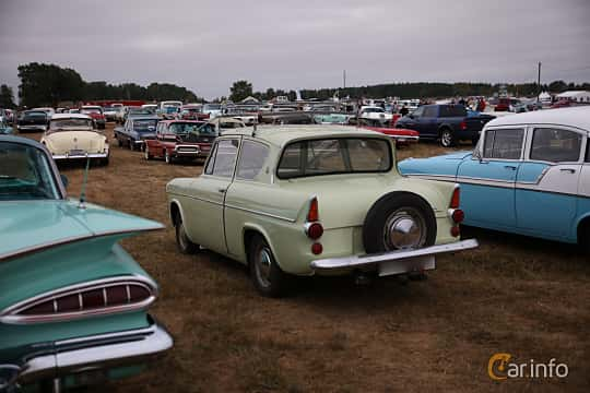 Back/Side of Ford Anglia 1.0 Manual, 39ps, 1962 at Wheels & Wings 2018