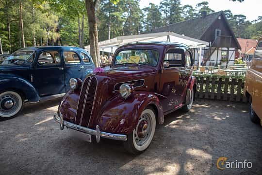 Front/Side  of Ford Anglia 1.2 Manual, 30ps, 1952 at Lergöksträffen Ängelholm 2019