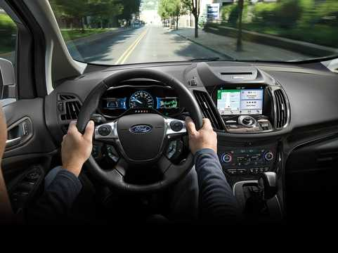 Interior of Ford C-Max Hybrid 2.0 i-VCT ECVT, 191hp, 2017