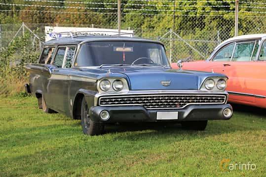 Front/Side  of Ford Country Sedan 2-seat 3.7 Manual, 147ps, 1959 at Bil & MC-träffar i Huskvarna Folkets Park 2019 Amerikanska fordon