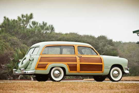 Side  of Ford Custom Country Squire 1950