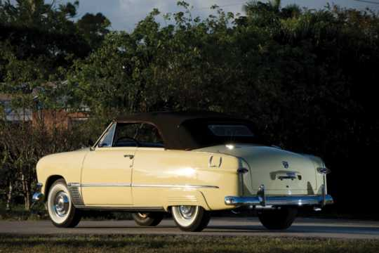 Back/Side of Ford Custom Deluxe Convertible 3.9 V8 Manual, 102hp, 1950