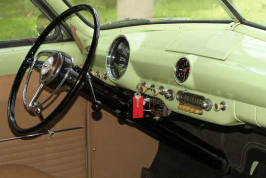 Interior of Ford Custom Deluxe Convertible 3.9 V8 Manual, 102hp, 1950