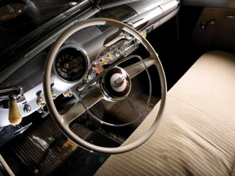 Interior of Ford Custom Deluxe Fordor Sedan 3.9 V8 Manual, 102hp, 1950