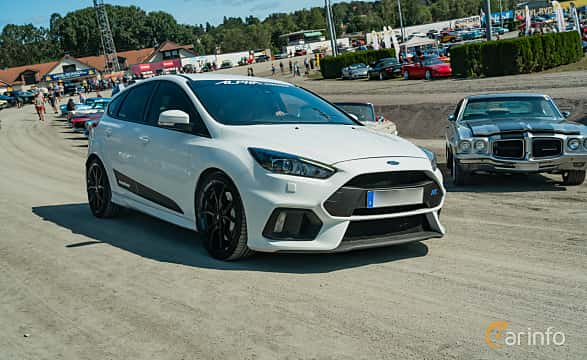 Front/Side  of Ford Focus RS 2.3 EcoBoost AWD Manual, 350ps, 2017 at Stockholm Vintage & Sports Car meet 2019