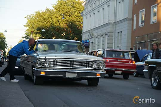 Front/Side  of Ford Galaxie 500 2-door Hardtop 5.8 V8 Automatic, 254ps, 1964 at Umeå Wheels Nations Norr 2019