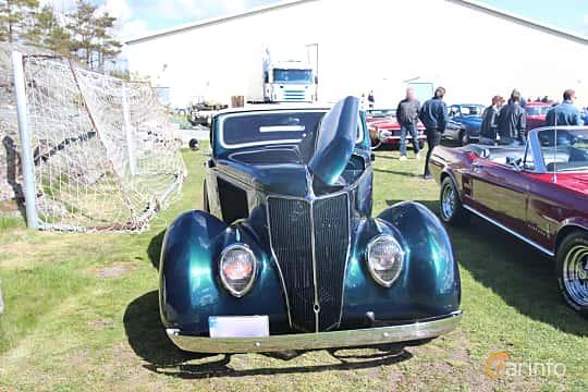 Fram av Ford Model 68 Cabriolet 3.6 V8 Manual, 86ps, 1936 på Crusaders Classic Car Meet 2015