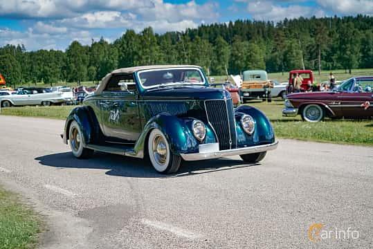 Fram/Sida av Ford Model 68 Cabriolet 3.6 V8 Manual, 86ps, 1936 på Nostalgifestivalen i Vårgårda 2017