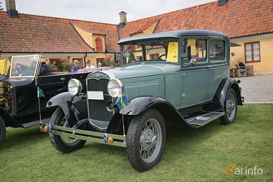 Fram/Sida av Ford Model A 2-door Phaeton 3.3 Manual, 40ps, 1931 på Thulinträffen 2017
