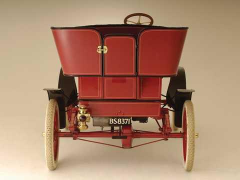 Bak av Ford Model A Tonneau 1.65 Manuell, 8hk, 1903