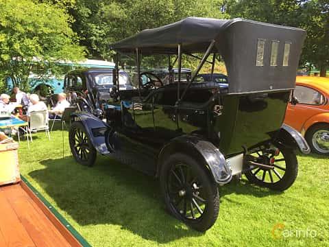 Bak/Sida av Ford Model T Touring 2.9 Manual, 20ps, 1919 på Sofiero Classic 2018
