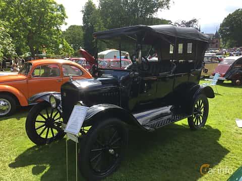 Fram/Sida av Ford Model T Touring 2.9 Manual, 20ps, 1919 på Sofiero Classic 2018