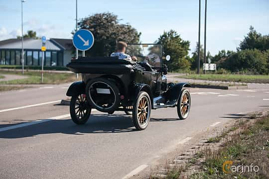 Bak/Sida av Ford Model T Touring 2.9 Manual, 20ps, 1922 på Lergökarallyt 2018