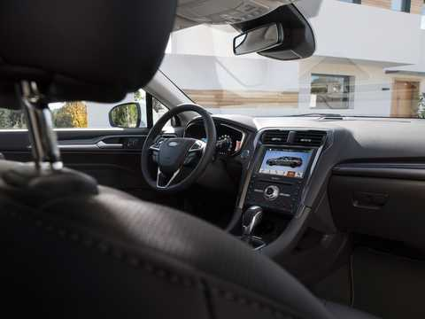 Interior of Ford Mondeo Combi Hybrid 2.0 Ti-VCT CVT, 187hp, 2019
