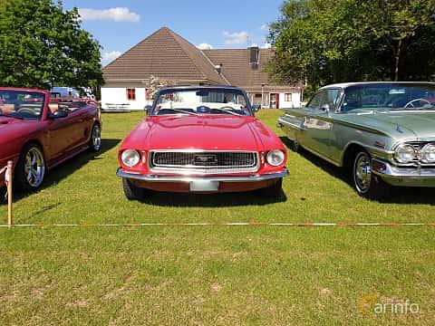 Front  of Ford Mustang Convertible 4.7 V8 Automatic, 198ps, 1968 at Eddys bilträff Billesholm 2019 Tema Opel och Chevrolet