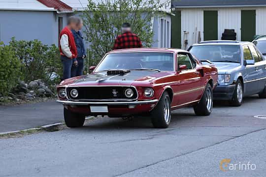 Front/Side  of Ford Mustang Mach I 5.8 V8 Automatic, 254ps, 1969